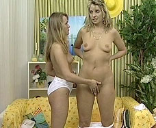 daughter fingering her mother