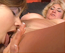 girl licking old womans vagina
