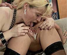 lesbian creampie - mature woman licks cream pie