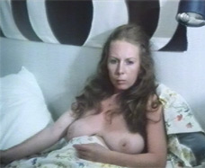 naked mother in bed
